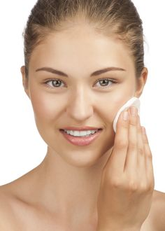 Don't let the summer take a toll on your skin! Keep your skin GLOWING and healthy this summer by #EXFOLIATING. Don't wait any longer! Give your skin the treatment it deserves with a microdermabrasion or a chemical peel. Call NicholsMD at 203-862-400 to schedule a consultation today!