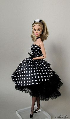 Barbie Gowns, Barbie Clothes, Barbie Doll, Bjd Dolls, Barbie Accessories,  Black Barbie, Barbie Stuff, Doll Stuff, Barbie Collection