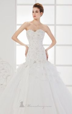 Strapless Sweetheart Gown Pure White by Saboroma 7033