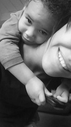 Meu sorriso é melhor contigo.