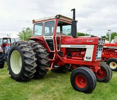 IH 1566 with only 450 actual hours