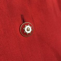 CLOSEUP Donate To Charity, Blouse Vintage, Close Up, Cufflinks, Romantic, Classic, Accessories, Derby, Romance Movies