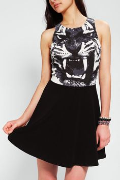 Sparkle & Fade Tiger Graphic Dress