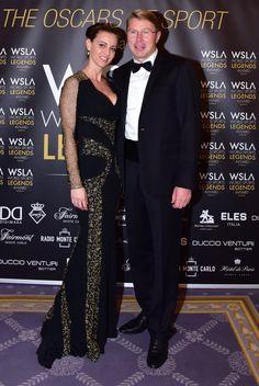 🇪🇸🇲🇨 Mika Häkkinen y Marketa Hakkinen en la 1. WSLA Red Carpet, Los Oscars del Deporte. Salle Empire, Hôtel de Paris Monte-Carlo 📸 de Saverio Chiappalone - Equipo MonacoWSLA - PromoArt MonteCarlo Production @montecarlosbm @visitmonaco @radiomontecarlo #wsla16 #monaco #world #sports #legends #award #mikahakkinen #marketahakkinen #f1 #racingdriver #fashiondesigner #finnish #czech #wslaredcarpet #wslafamily #wslalosocardeldeporte #wslatheoscarsofsport