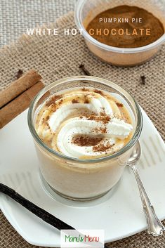#Pumpkin Pie White Hot #Chocolate - a warming and comforting sweet #drink.