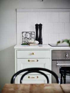 decordemon: Upper Husargatan 27, Tastefully restored apartment in Göteborg,Sweden