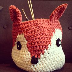 ***ok, so i found what i am looking for, but can not link to the pattern...help:(   Ravelry: HeyNicole's Little fox basket- easter bunny? Or general toy storage