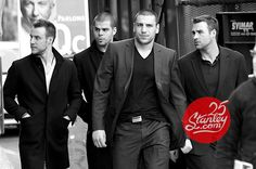 Hockey players are sexy.Campbell, Horton, Lucic and Boychuk Milan Lucic, Dont Poke The Bear, Boston Bruins Hockey, Hockey Mom, Hot Hockey Players, Weak In The Knees, Boston Strong, Boston Sports