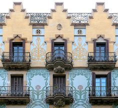 Barcelona - Bruc 127 c 2   Casa Jaume Sahís. Modernisme
