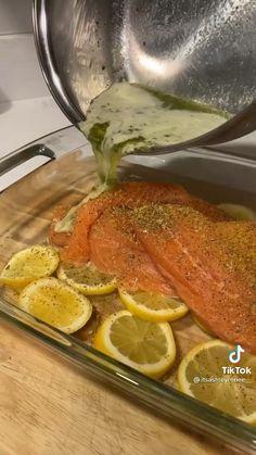 Salmon Recipes, Fish Recipes, Seafood Recipes, Entree Recipes, Lunch Recipes, Cooking Recipes, Healthy Recipes, Idiot Sandwich, Drink