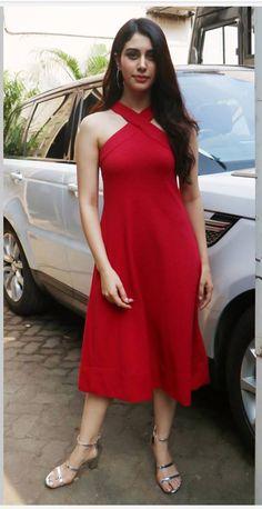 Beautiful Bollywood Actress, Beautiful Indian Actress, Beautiful Celebrities, Beautiful Actresses, Indian Fashion Dresses, Fashion Outfits, Girl Attitude, Hot Dress, Western Outfits