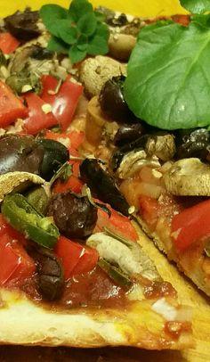 Easy Veggie Vegan Pizza with 20 minute Crust. Recipe thanks to #VeganRicha I used tomato paste & sauce, red onion, capsicum, sweet potato, mushrooms, kalamata olives, capers, green chilli.