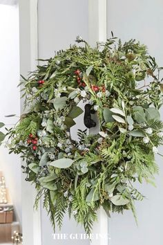 Thank goodness I saw this post before I tried finding a Christmas wreath! Gave me all the information I needed!! Christmas Wreaths For Windows, Christmas Decorations For The Home, Christmas Diy, Wreath Ideas, Festive, Decor Ideas, Outdoors, Holidays, Fresh