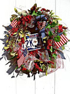 Texas Wreath, Vintage, License plate, Patriotic, Door wreath, Summer Wreaths,Flag on Etsy, $95.00. Doozie Dot Designs on Etsy