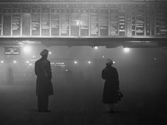 29January 1959: Liverpool St. Station. | 26 Haunting Photos Of The London Fog