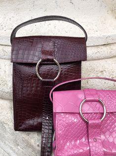 #skergeth #juliaskergeth #pinkbag #krokoleder #krokoprint #minibag #ultraminibag #statementbag #itbag #nachhaltigeledertasche #funbag Hermes Kelly, Chloe, Berries, Shoulder Bag, Pink, Bags, Style, Fashion, Modern Women