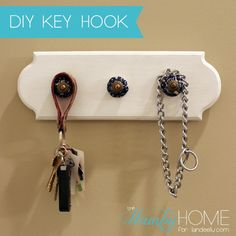An easy project to keep you organized! Make this DIY Key Hook in less time than it takes you to find your keys sometimes! Upcycled Crafts, Easy Crafts, Easy Projects, Design Projects, Key Hooks, Cool Diy, Diy Tutorial, Wood Crafts, Diy Home Decor