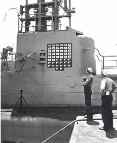 Us Submarines, German Submarines, Naval History, Military History, United States Navy, Us Navy, Armed Forces, World War Two, American History