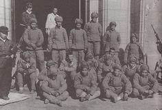 朝鲜战争-志愿军战俘 Korean War Prisoners Of War, Korean War, Father, Army, China, World, Painting, Pai, Gi Joe