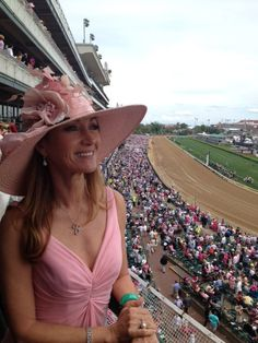 The timeless #JaneSeymour, at the KY Derby! Jane likes our pieces, pics coming soon!! #Cami