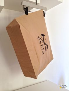 paper bag with elastic band closure