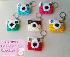 cosicasraquel: Llaveros Instagram Crochet