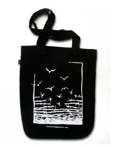 muso koroni | Freedom Tasche | Fair and organic shopping Holiday Gift Guide, Holiday Gifts, Vegan Fashion, Longsleeve, Shopper Bag, Freedom, Reusable Tote Bags, Shopping, Black
