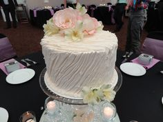 Centerpiece cakes Wedding Cake Centerpieces, Wedding Cakes, Wedding Pictures, Wedding Ideas, Retirement, Wedding Reception, David, Weddings, Desserts
