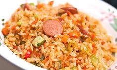 Sopita de arroz con pollo, directamente desde Colombia a conquistar tu paladar. Avocado Recipes, Rice Recipes, Cooking Recipes, Healthy Recipes, Rissoto, Deli Food, Island Food, Rice Dishes, Food Hacks