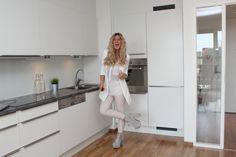 Lene Orvik, outfit, white
