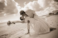 No destination wedding is complete without beautiful picturesque pictures by the majestic ocean.