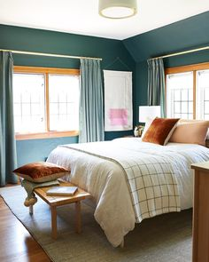 Green Guest Room With Bright Bedding Small Bedroom Decor Bedrooms