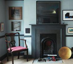 Trying to love georgian fireplaces when I much prefer victorian Georgian Interiors, Georgian Homes, Georgian Townhouse, Dark Interiors, Room Inspiration, Interior Inspiration, Georgian Fireplaces, Interior And Exterior, Interior Design