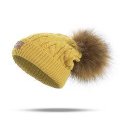 9ec359abc 18 Best Hats images | Fashion women, Female fashion, Feminine fashion