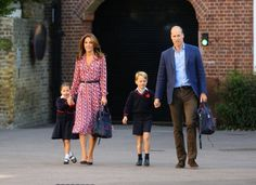 Princess Charlotte has been joined by her mother and father Kate Middleton and Prince William - aka the Duke and Duchess of Cambridge - and Prince George for her first day of school. Duchess Kate, Duke And Duchess, Kardashian, First Day School, School Today, School Kids, Estilo Real, Prince Georges, Duke Of Cambridge