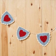 Free pattern to make a crochet Granny Heart Triangle Bunting. Enjoy.