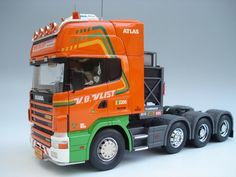Scania R580 8x4 (1:24 MAD Modelle)