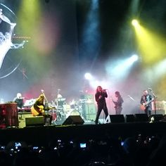 """Robert Plant and the Sensational Space Shifters"" en Vive Latino 2015…"