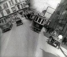 homme-a-la-camera-3-agr.jpeg 1.200×1.014 pixels
