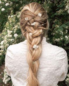 annalyncook Blonde Hair Inspiration, Hair Inspo, Travel Style, Road Trip, Braids, Long Hair Styles, Flowers, Beauty, Instagram