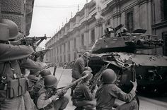 Troops led by General Augusto Pinochet siege La Moneda Palace where President Salvador Allende is sheltered during 1973 Chilean coup Latina, Victor Jara, Cuba, War Of The Pacific, Military Coup, 11. September, Frozen In Time, Special People, Cold War