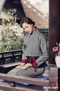 ~ Living a Beautiful Life ~ Korean Traditional Clothes, Traditional Fashion, Traditional Dresses, Korea Fashion, 1940s Fashion, Asian Fashion, Vogue Korea, Korean Dress, Korean Outfits