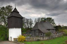 Jana Křitele ve Slavoňově (u Náchoda) Historical Monuments, Czech Republic, Shed, Outdoor Structures, Explore, Group, Landscape, House Styles, Nature