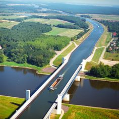 Magdeburg Water Bridge, Alemanha                                                                                                                                                                                 Mais