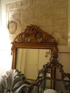 """Miroir à fronton """"aux colombes""""  d'époque XIXème de style Louis XVI  French antiques"""