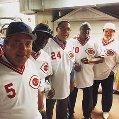 Some of the 1976 Cincinnati Reds players now! Love these guys!