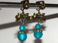 Süße Ohrclips mit Polaris Perlen von Luisa Ventocilla Shop auf DaWanda.com