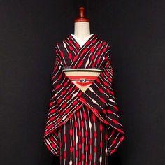 アンティーク小紋や振袖をUPしました♪ . . . ショップへはプロフィールから . . #雅星 #雅星本店 #着物 #着物コーデ #着物コーディネート #小紋 #名古屋帯 #アンティーク着物 #kimono #japan #japanese #japanesestyle #japanesefashion