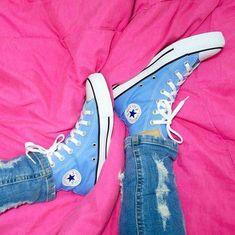 Converse All Star, Converse Shoes, Converse Chuck Taylor, High Top Sneakers, High Heels, Hype Shoes, Sneaker Heels, Shoe Brands, Footwear