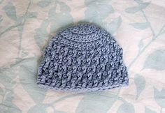 deeply textured hat - free crochet pattern. I would really like to know how to do this